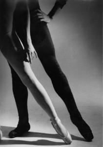 ballet dancers legs