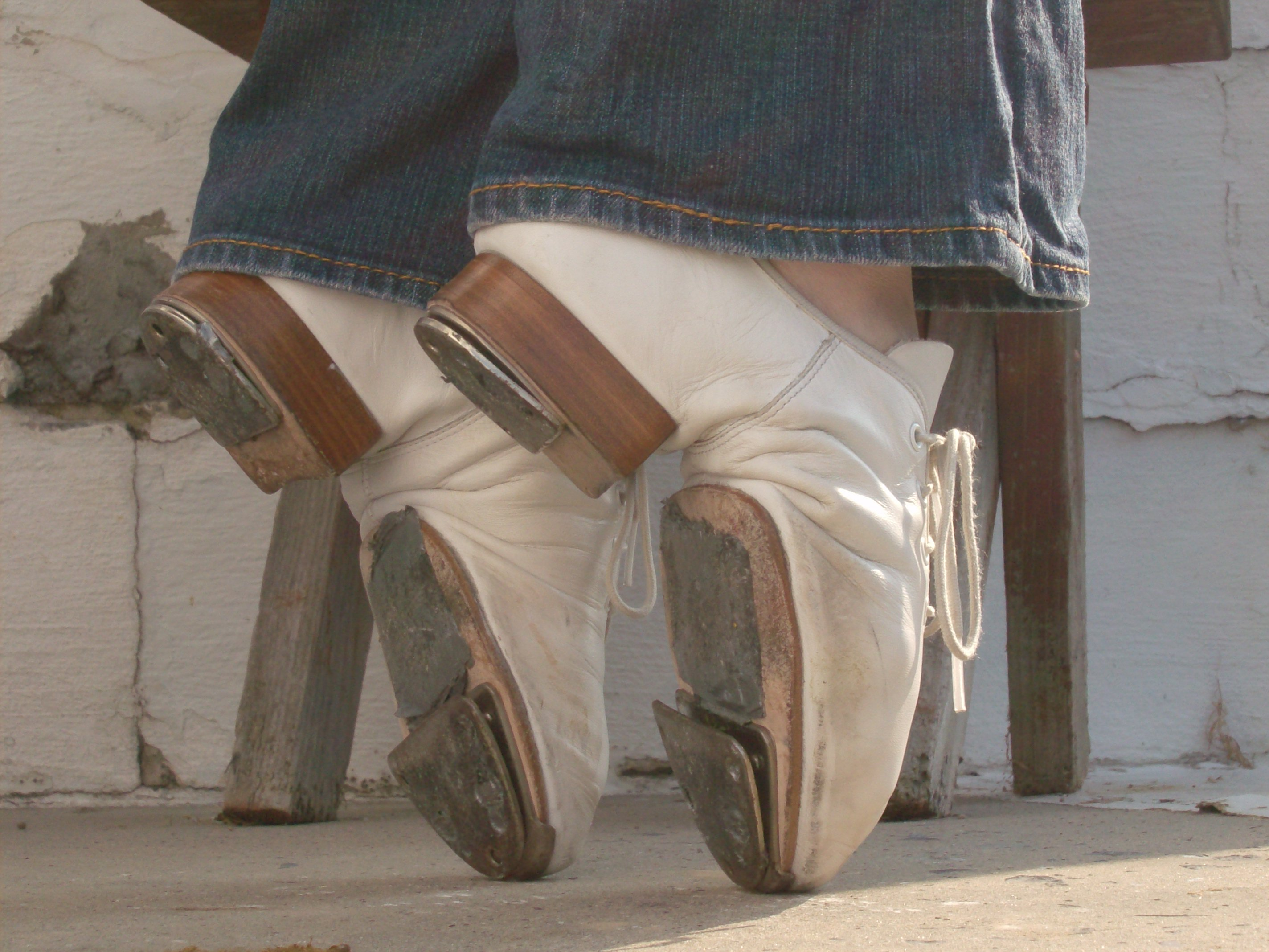 The Clogging Shoe | 4dancers