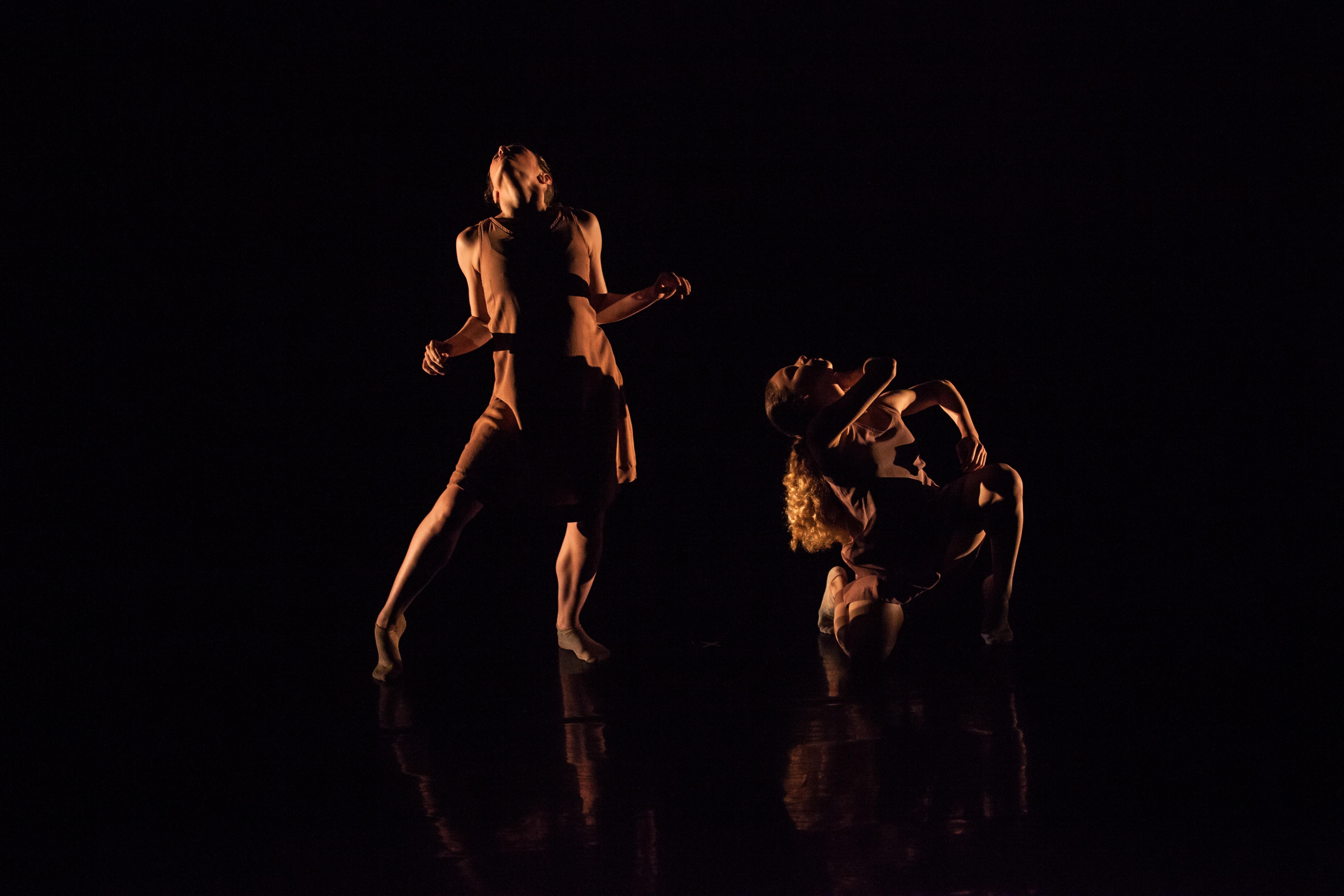 Street Dance 2 Dancers