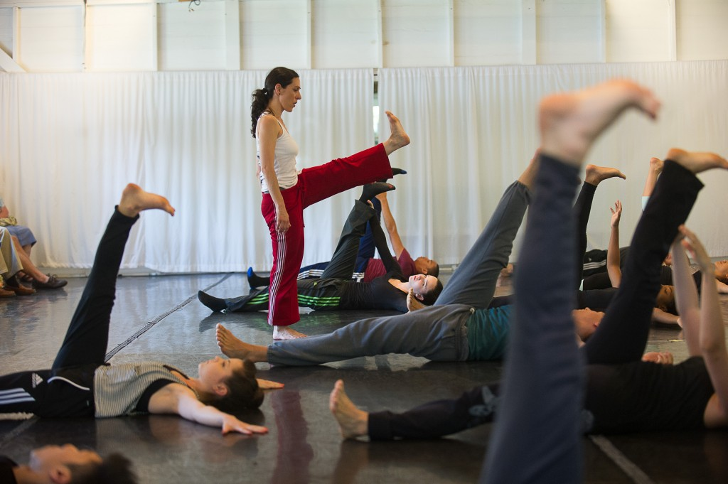 Ami Shulman with participants from the 2013 Contemporary Program of The School at Jacob's Pillow; photo Christopher Duggan