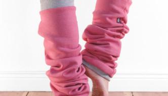 """Dancewear Review: Jaffic's """"Slouchy"""" Leg Warmers"""